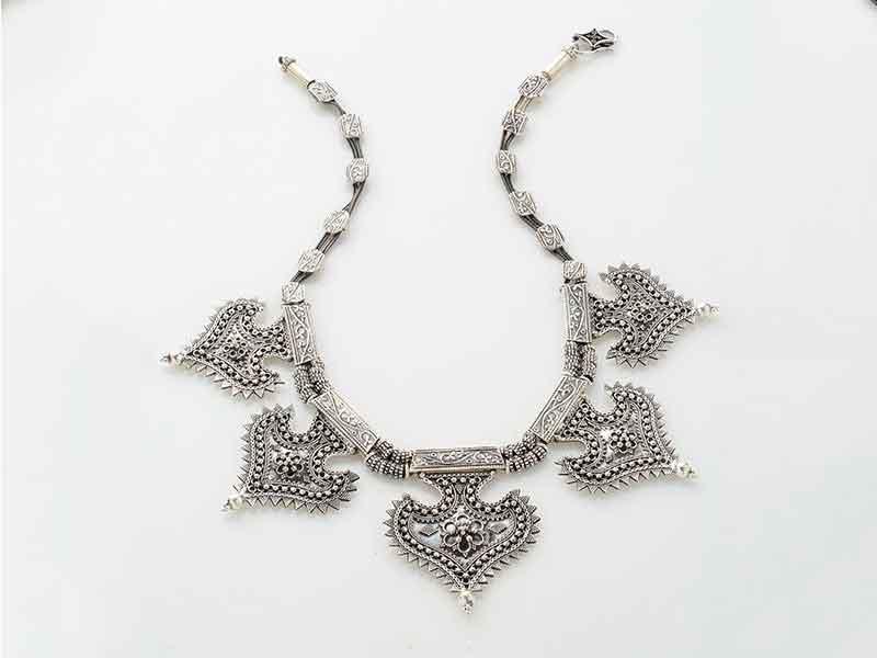 Antique Jewellery 99