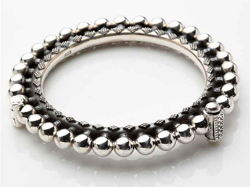Antique Jewellery 81