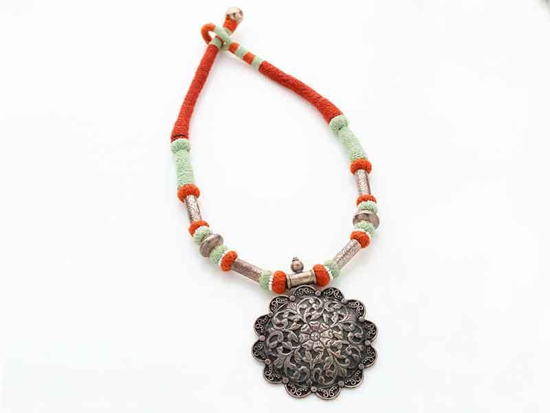 Antique Jewellery 75