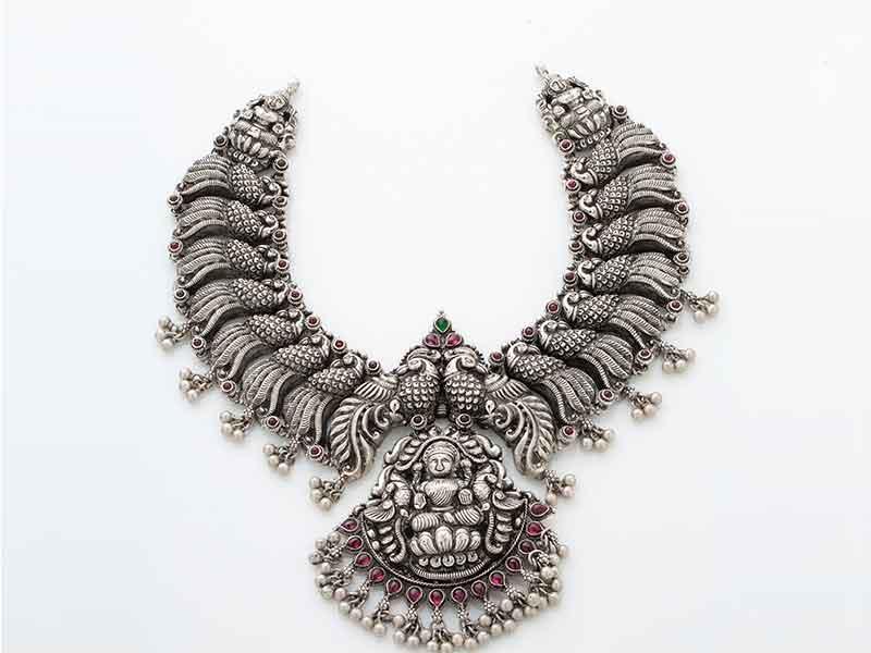 Antique Jewellery 70
