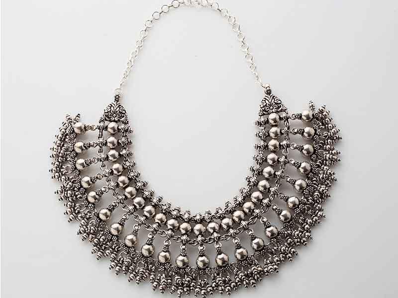 Antique Jewellery 96