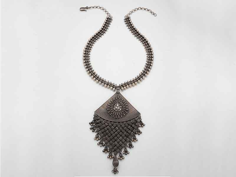 Antique Jewellery 93